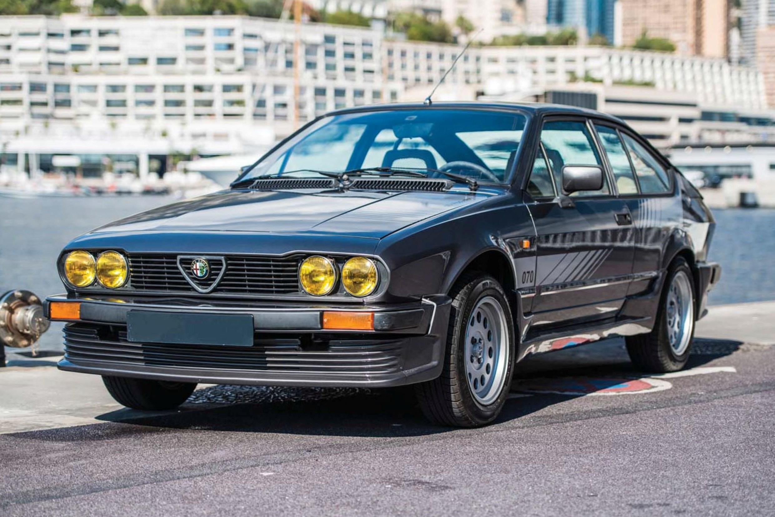 ALFA ROMEO ALFETTA-GTV PRODUCTION 2.0 1983